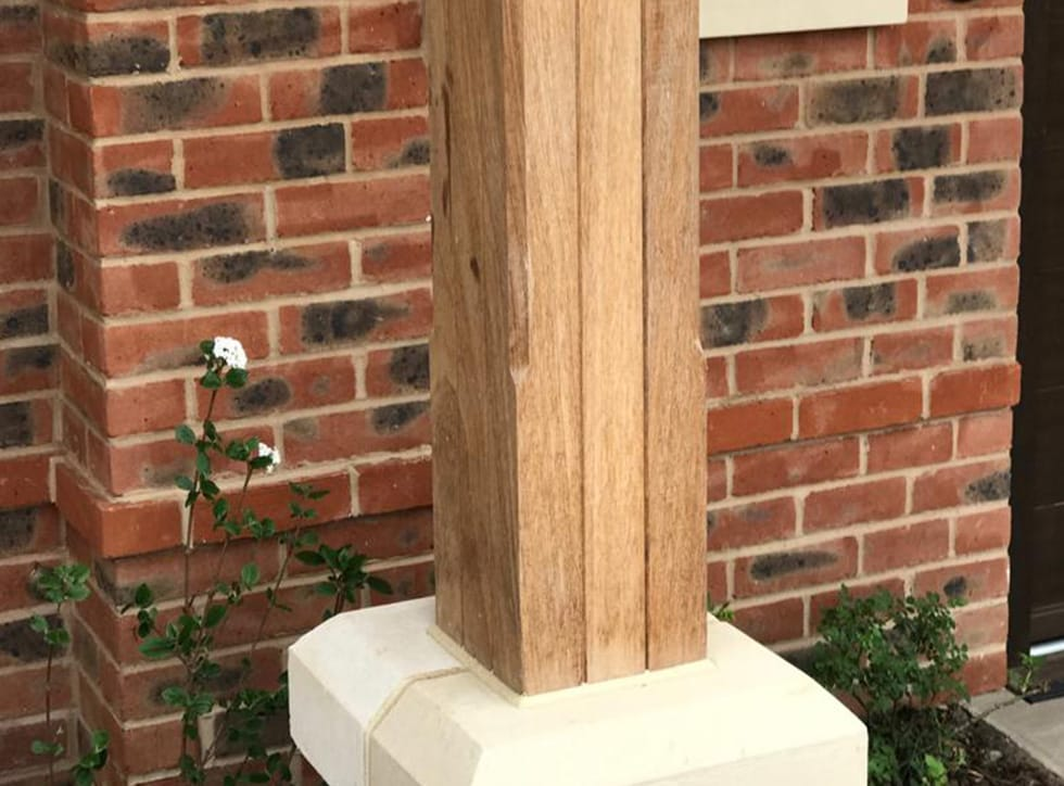 Timber Posts & Brackets